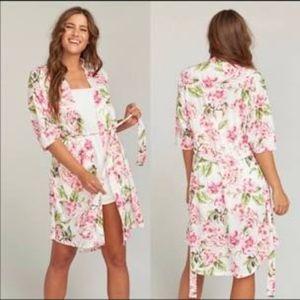 NWOT Show Me Your Mumu Brie Robe: Garden of Blooms